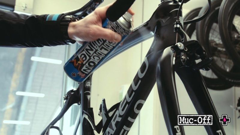 How to Clean your Road Bike with Team Sky Mechanic // Muc-Off