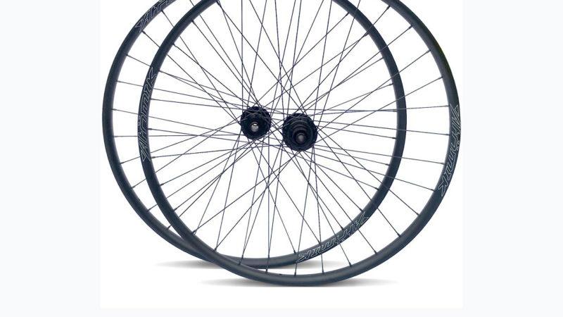 Atomik Carbon adds aluminum AL345 premium mountain bike wheels w/ carbon upgrade program