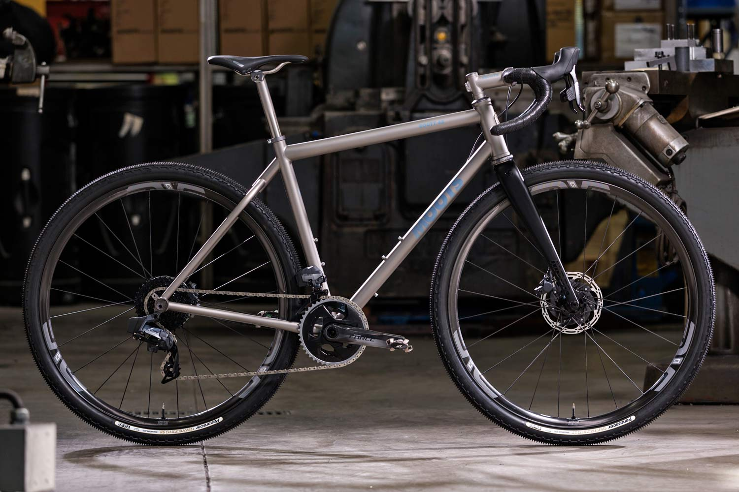 2021 Moots Routt 45, RSL & YBB titanium gravel bike family goes wider & further