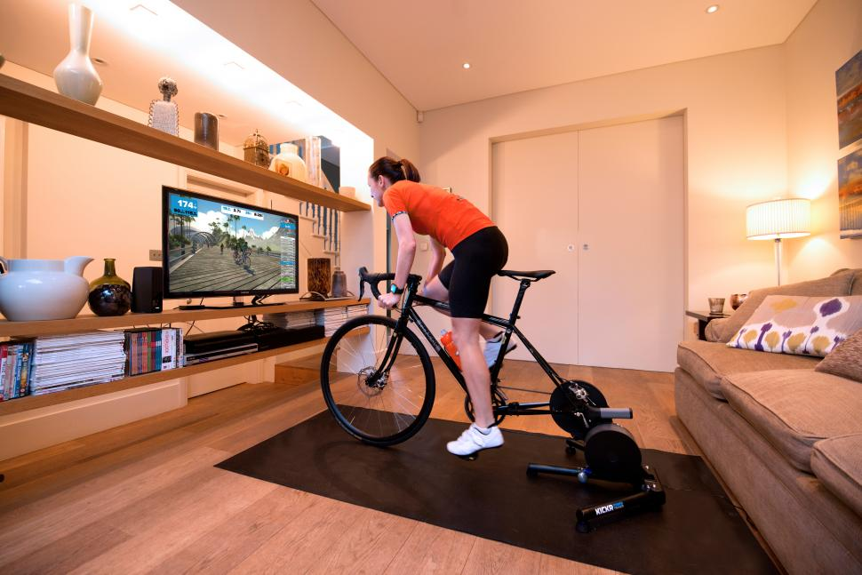 How to get in to e-racing — the lowdown on online bike races
