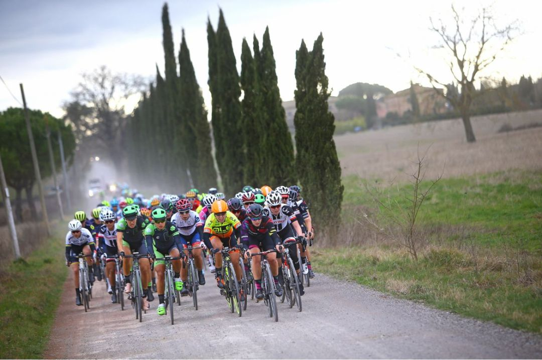 How to beat Annemiek van Vleuten? The question looms ahead of Strade Bianche – VeloNews.com