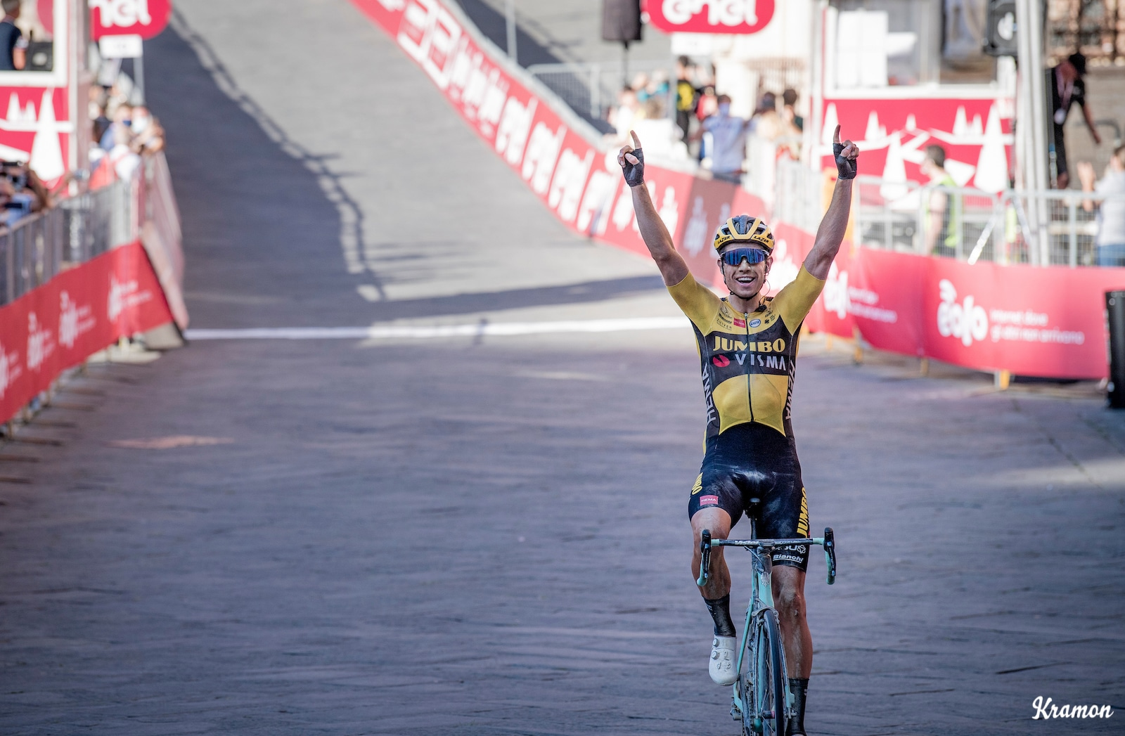 Van Aert solos to victory at Strade Bianche